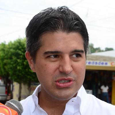 CLAUDIO-ZETINA-GOMEZ-1EDITADA.jpg